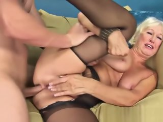 Mature Lady Gets Fucked By A..